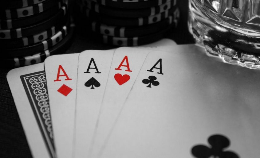 4 Ridiculously Simple Ways To Improve Your Casino